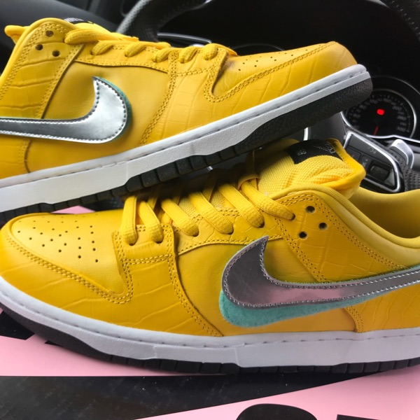 Nike Sb Dunk Low Diamond Supply Co Canary Yellow