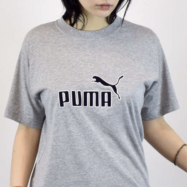 Vintage Puma t-shirt top blouse tee in gray