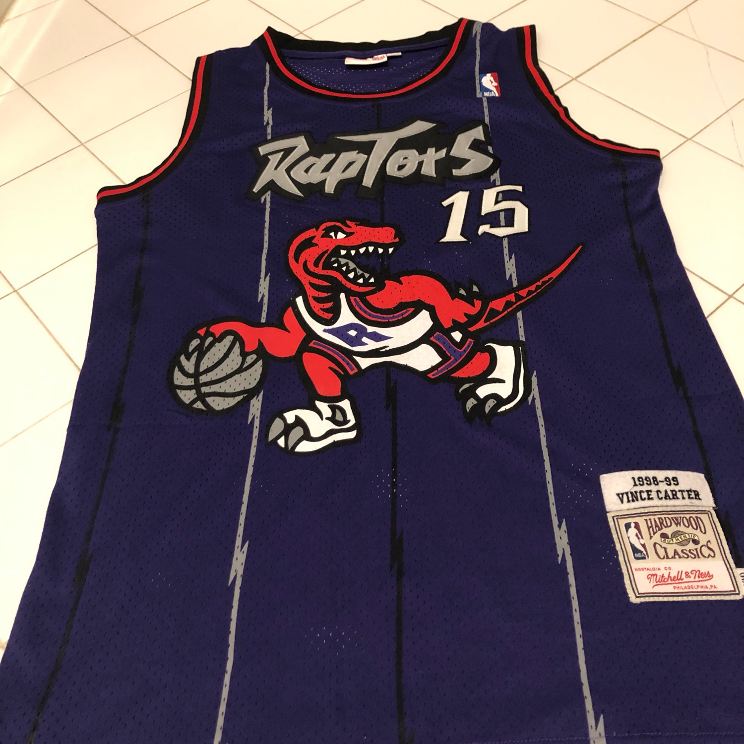 in stock 9b578 aec5c Mitchell & Ness Retro Vince Carter Raptors Jersey