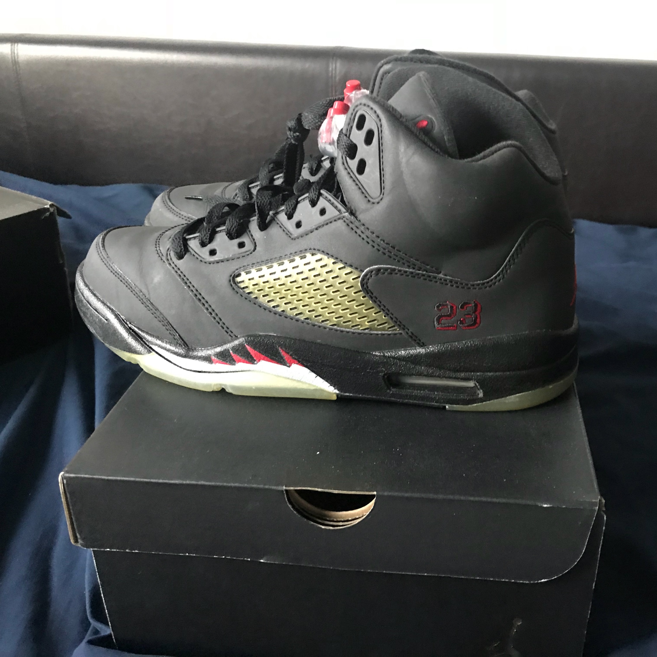 pretty nice ff683 b83d8 Air Jordan 5 Raging Bull 3M