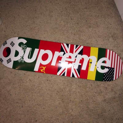 Supreme Flags Deck