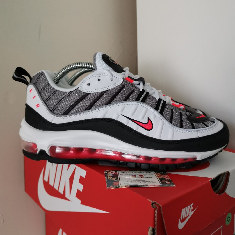 huge discount 3d95e 3bef3 Nike Air Max 98 Solar Red