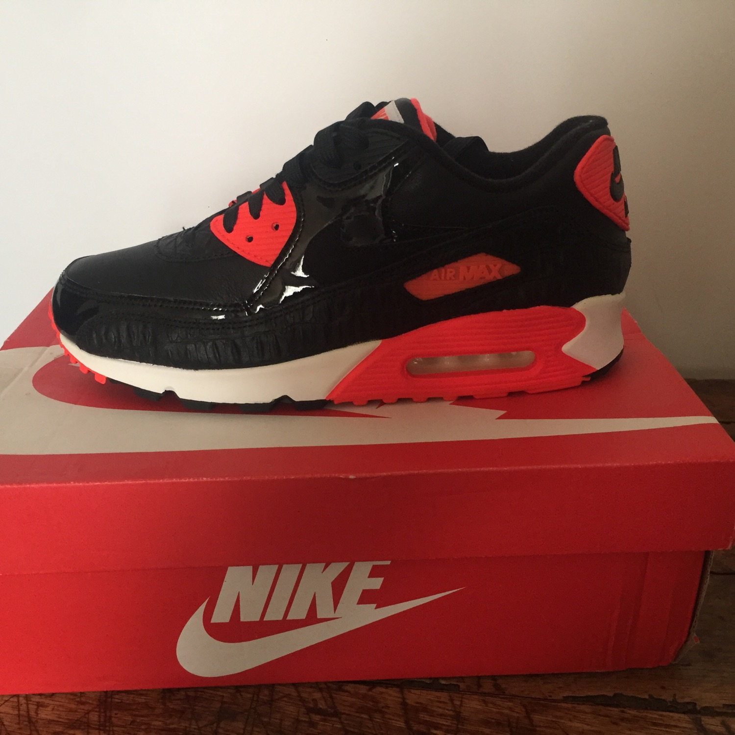 huge selection of bfc78 d5dc5 Nike Air Max 90 Black Croc Infrared