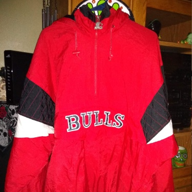(Mint Condition) Authentic 1990's Chicago Bulls Starter Jacket (RN NO: 67869)