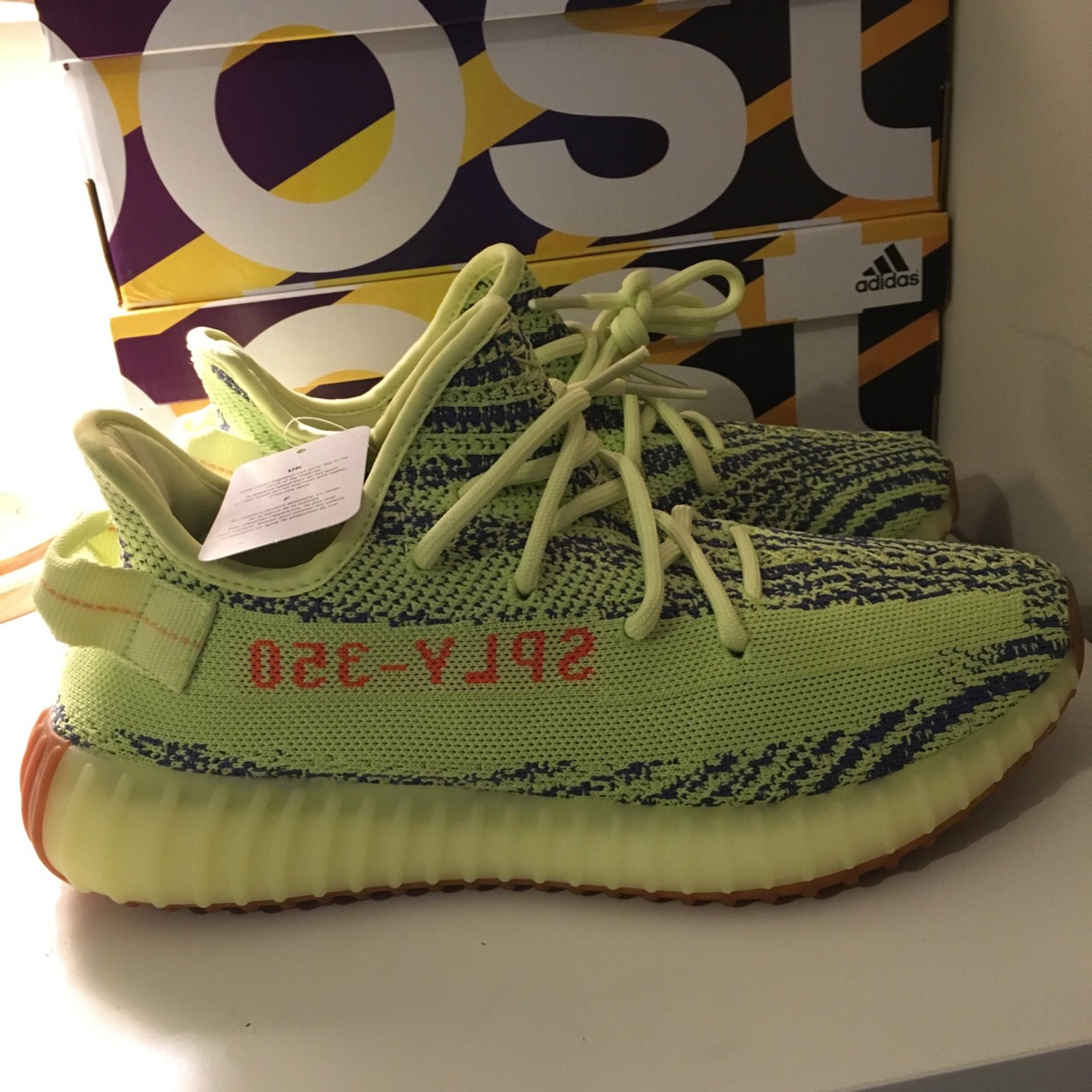 premium selection e732d c3afe Adidas Yeezy Boost 350 V2// Semi-Frozen Yellow