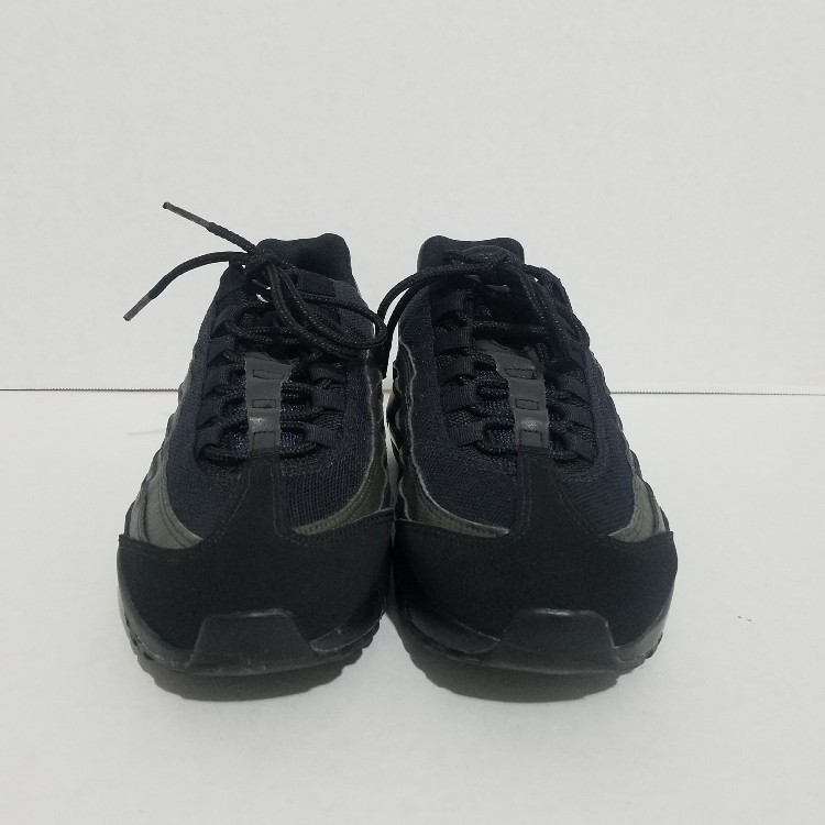 buy popular e463e f5184 NEW NIKE AIR MAX 95 ESSENTIAL BLACK SEQUOIA GREEN RUNNING SHOES 749766 034  SZ 8