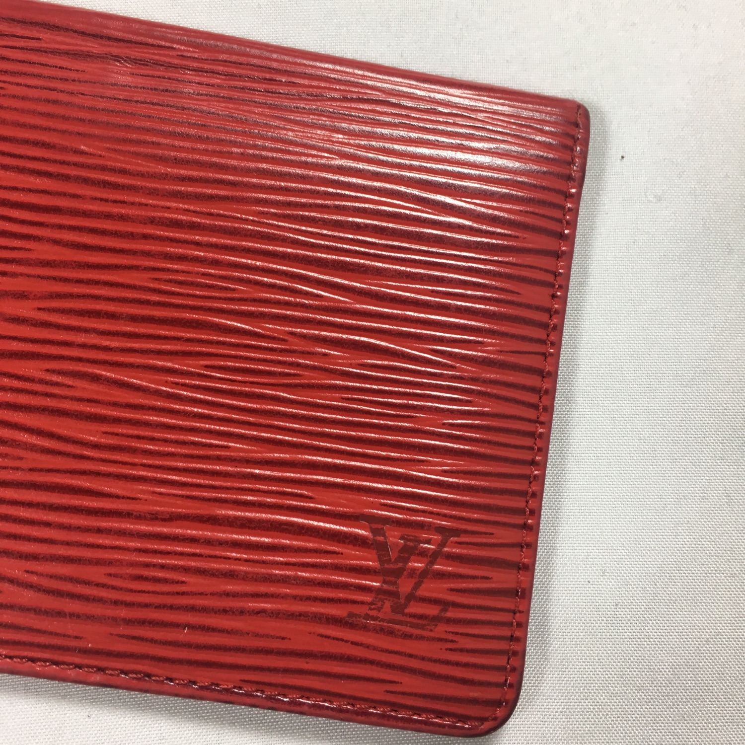Louis Vuitton Red Leather Epi Card Holder