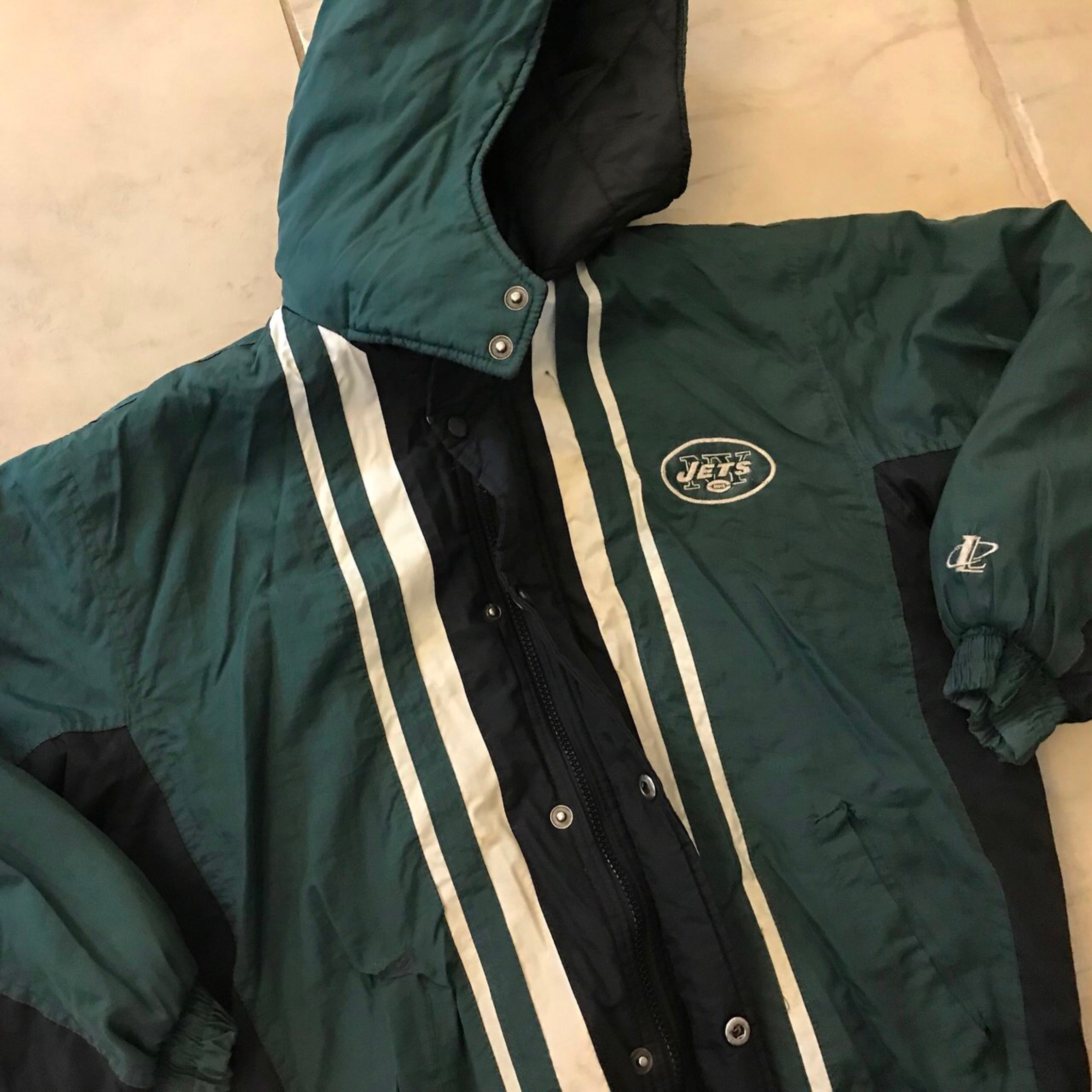 reputable site 57e18 b8ab8 Vintage Nfl New You're Jets Puffer Jacket