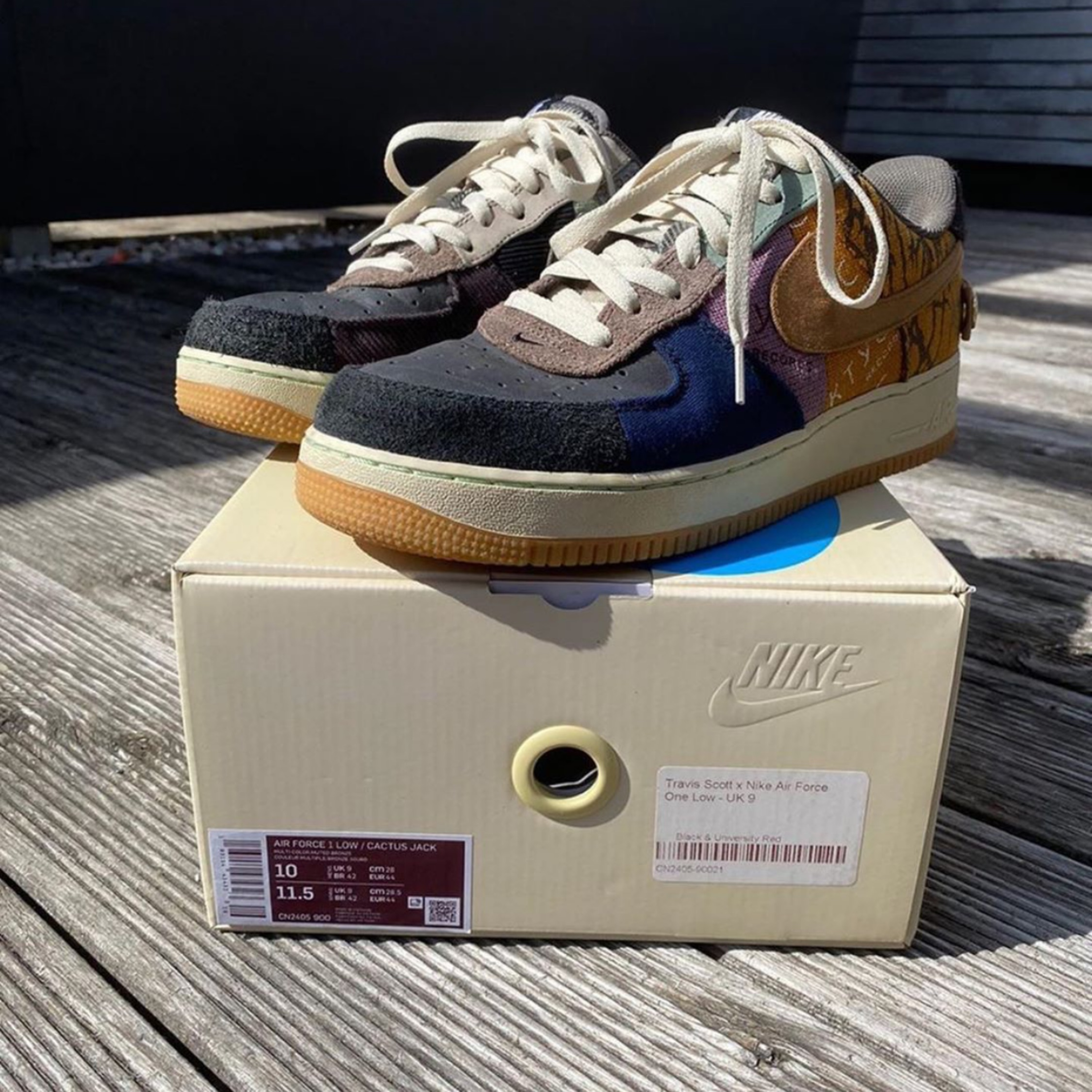 nike air force 1 x travis scott