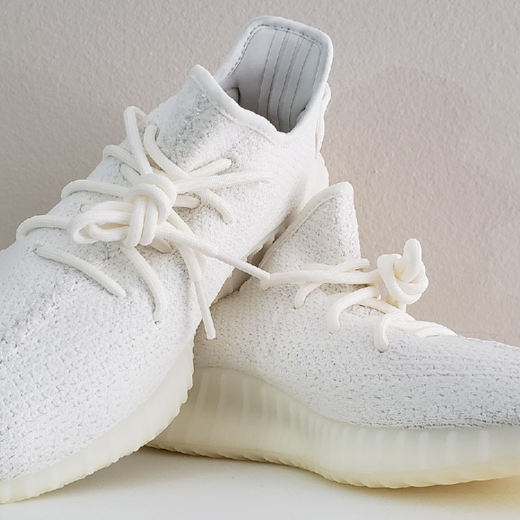 new arrival 030b5 4a270 Adidas Yeezy Boost 350 V2 Cream/Triple White