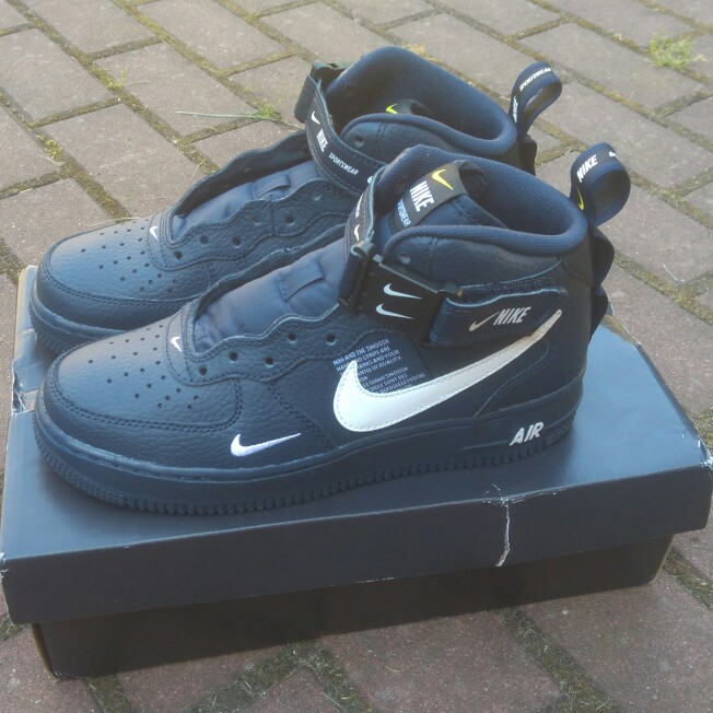 NIKE AIR FORCE 1 LV8 MID UTILITY NAVY