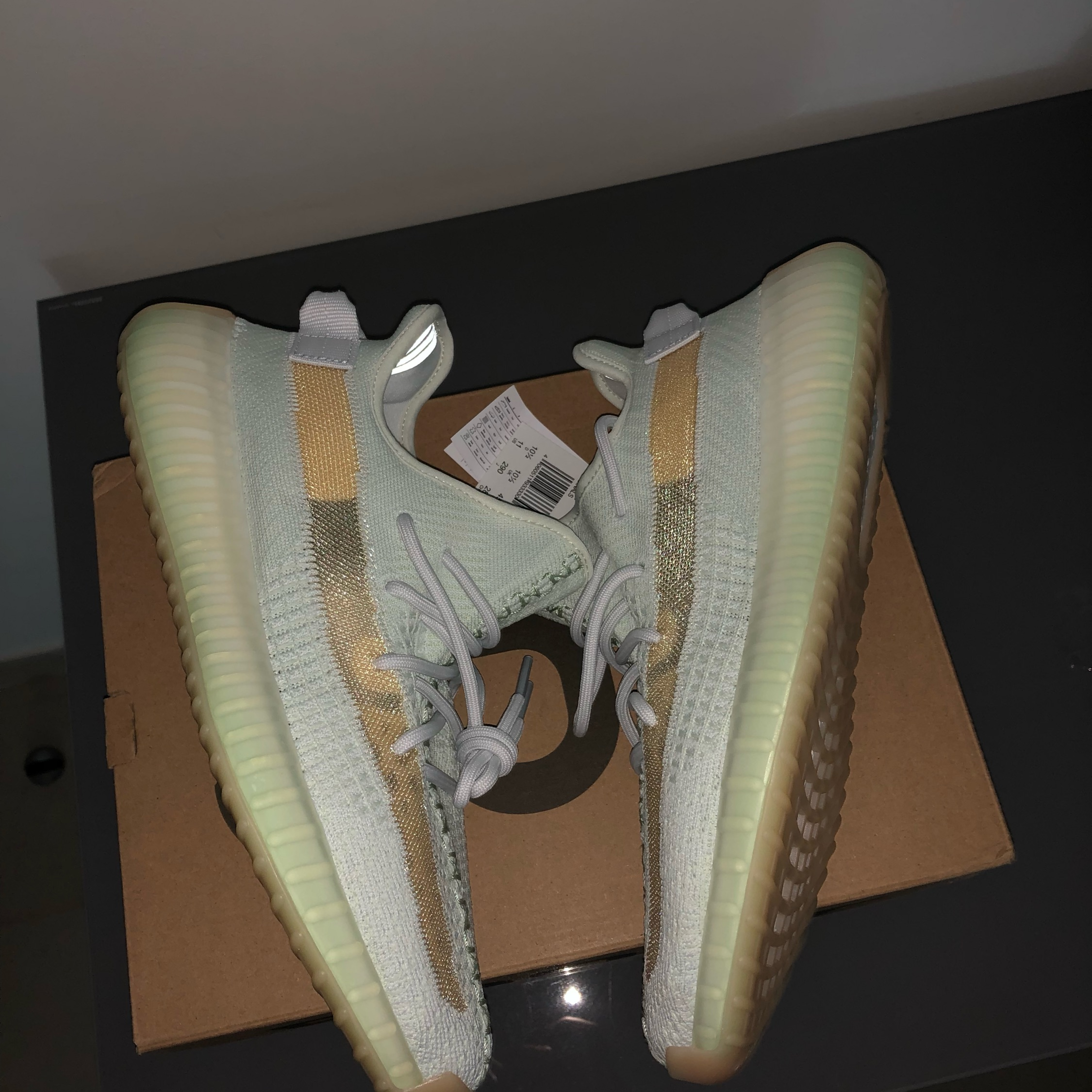 72f3e1986 Yeezy Boost 350 V2  Hyperspace  Asia Exclusive