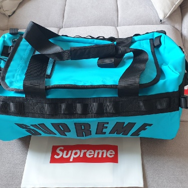 Supreme x The North Face Duffle Bag