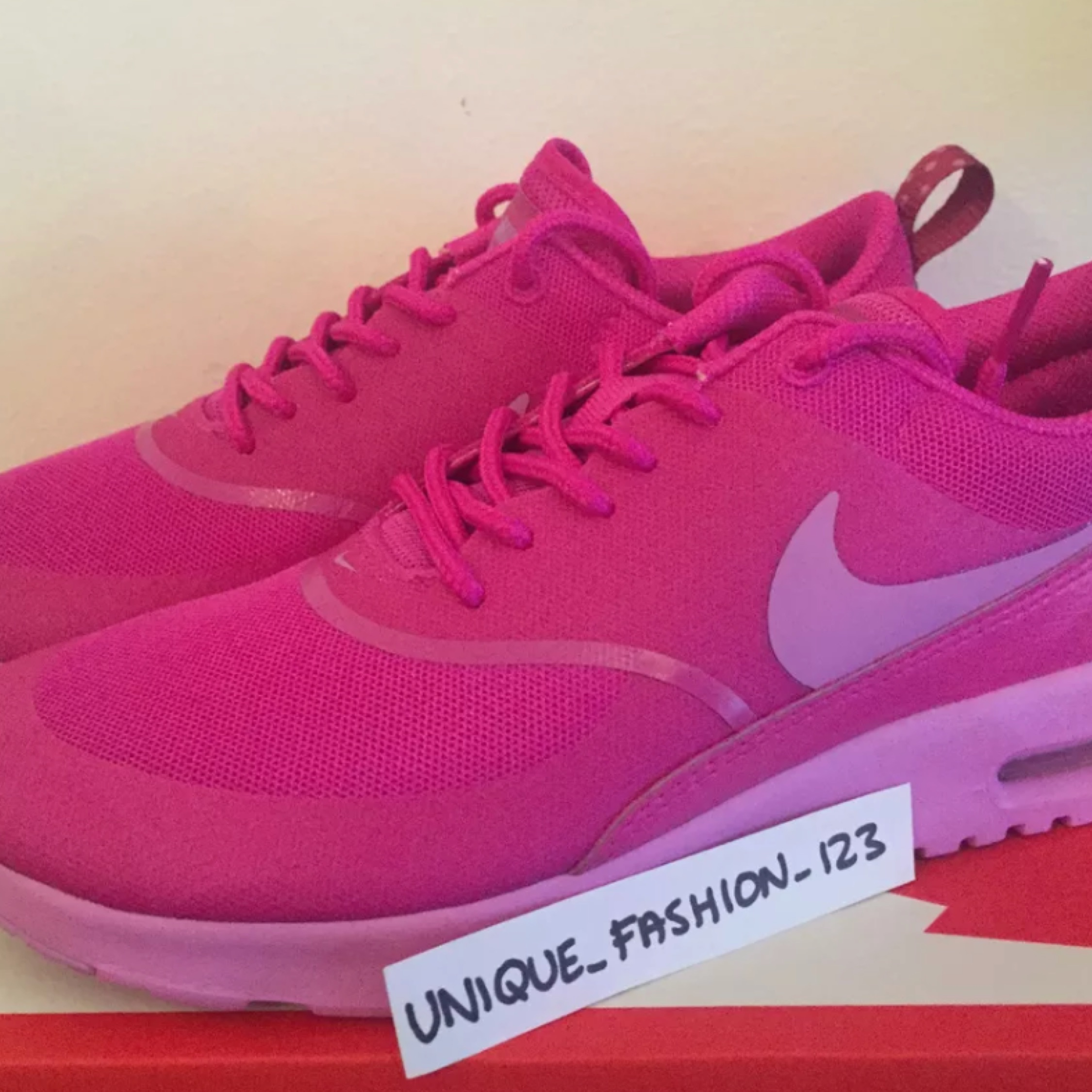 great quality on feet shots of quality products Nike Air Max Thea Women's Us 7 New