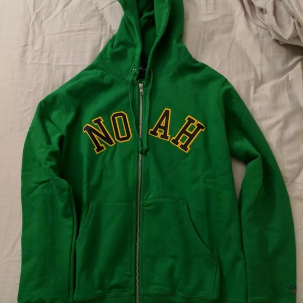 Noah Embroidered Hooded Zip Sweater Green
