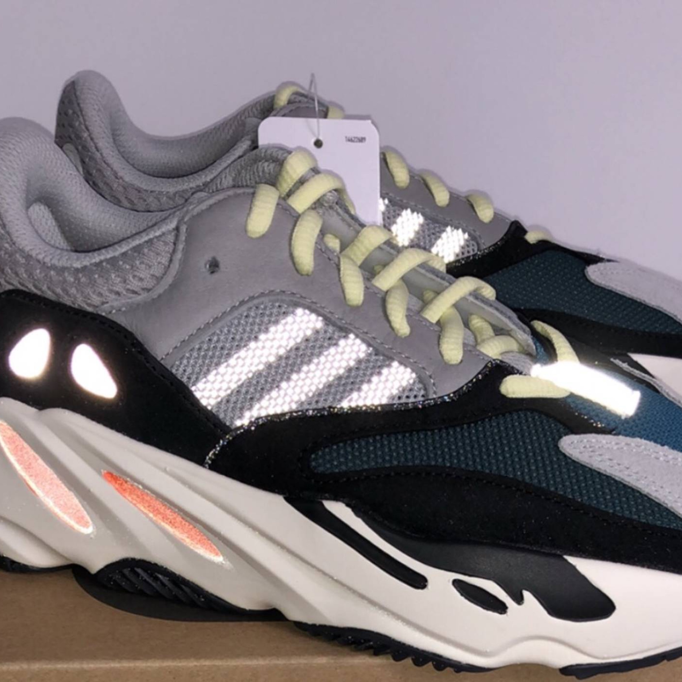 buy popular 39678 930bf Adidas Kanye 700 Wave Runner Boost