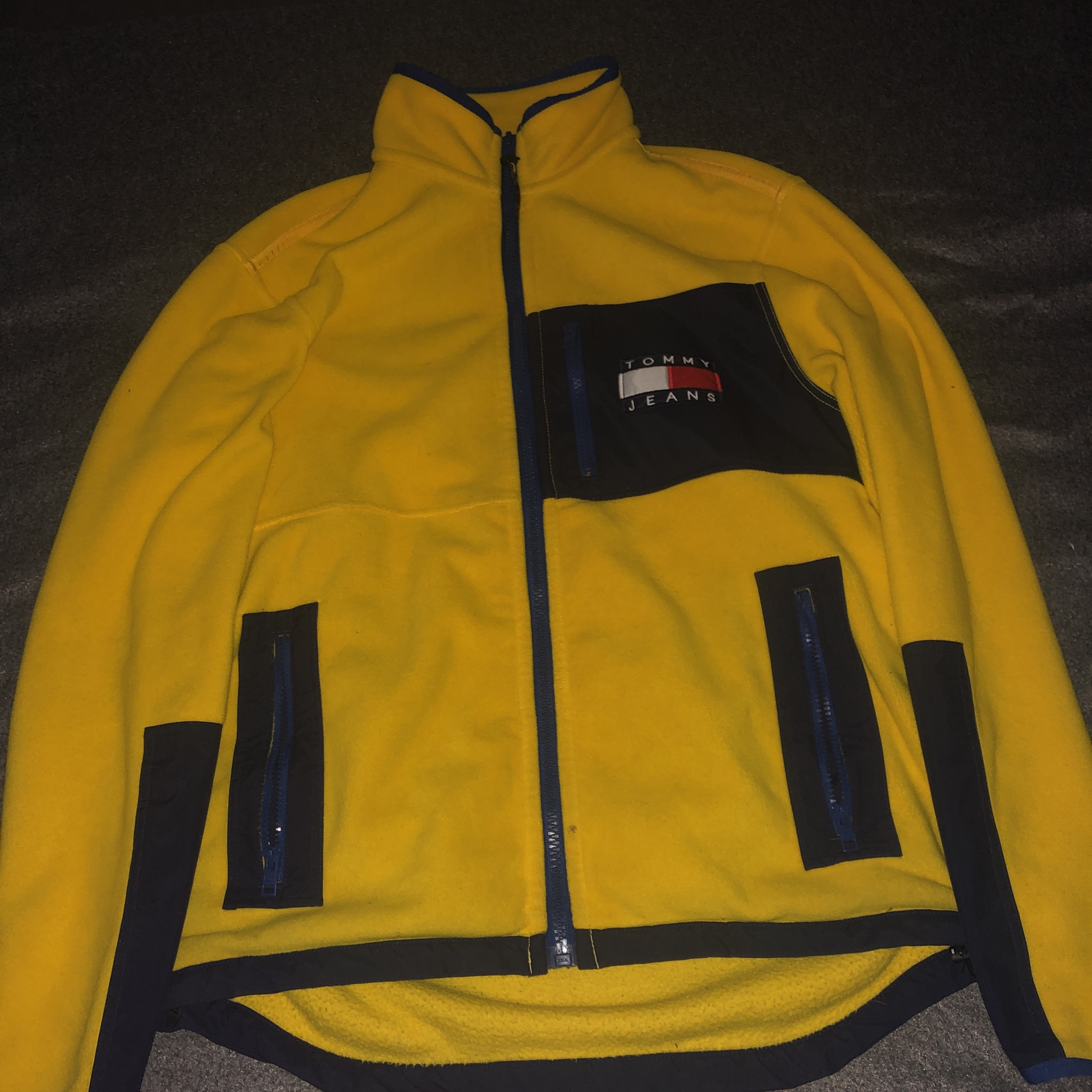 Boys Sz M Tommy Hilfiger Bright Sun Yellow Rain Jacket Hood Pockets