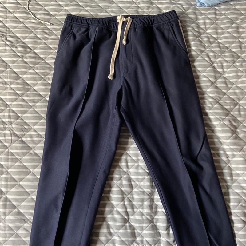 GUCCI PANTS SIZE 48 COND. 9.5/10