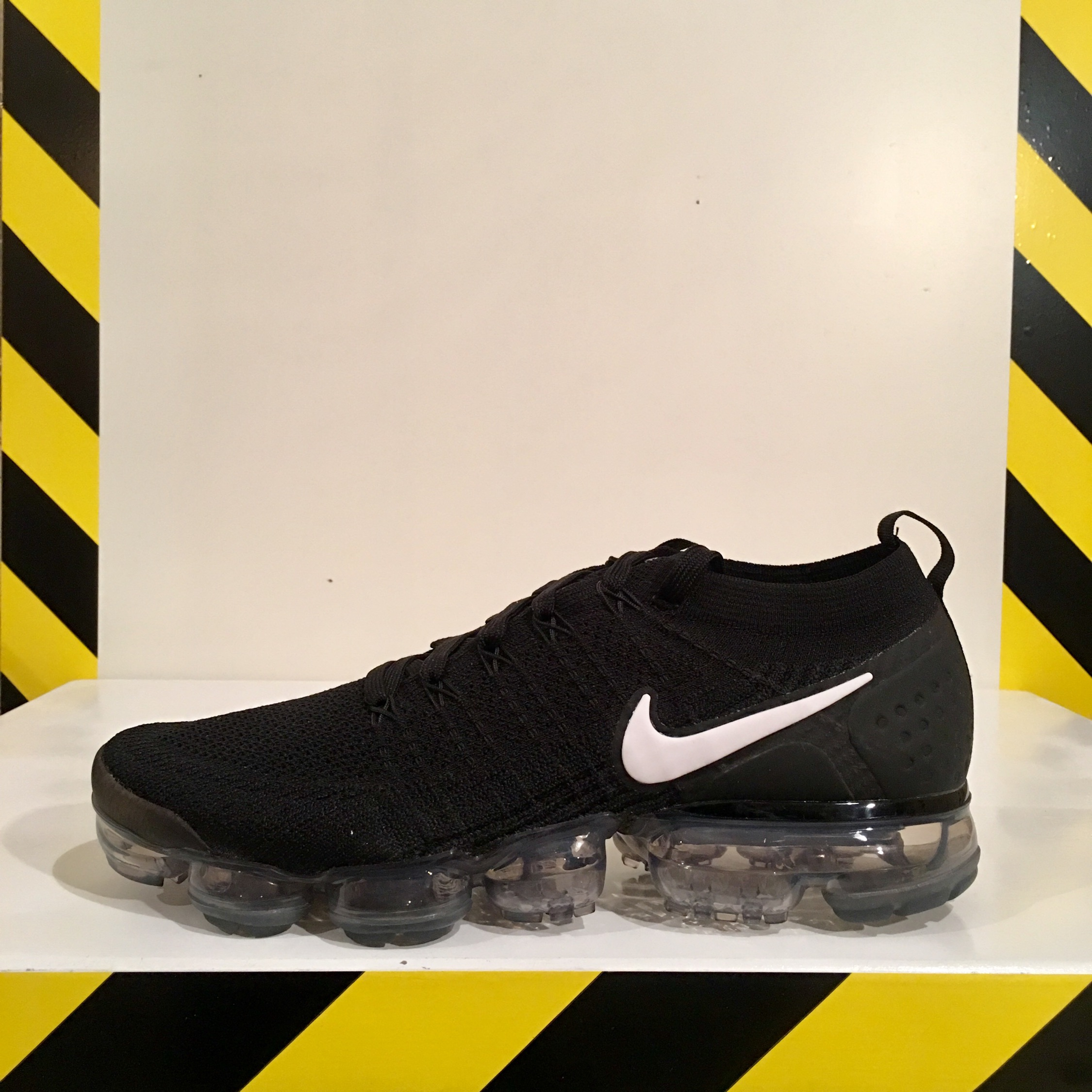 quality design 6d82a bc11b Nike Air Vapormax Flyknit 2 Black Us10 Eu 44