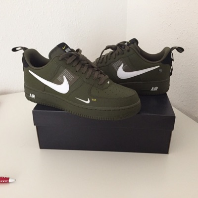 Todavía Orientar Condensar  Nike Air Force 1 '07 Lv8 Utility / Olive Green