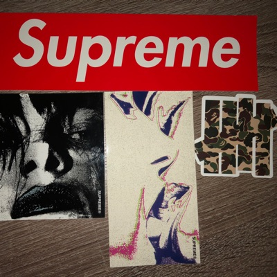 Stickers Bape X Undefeated, Supreme