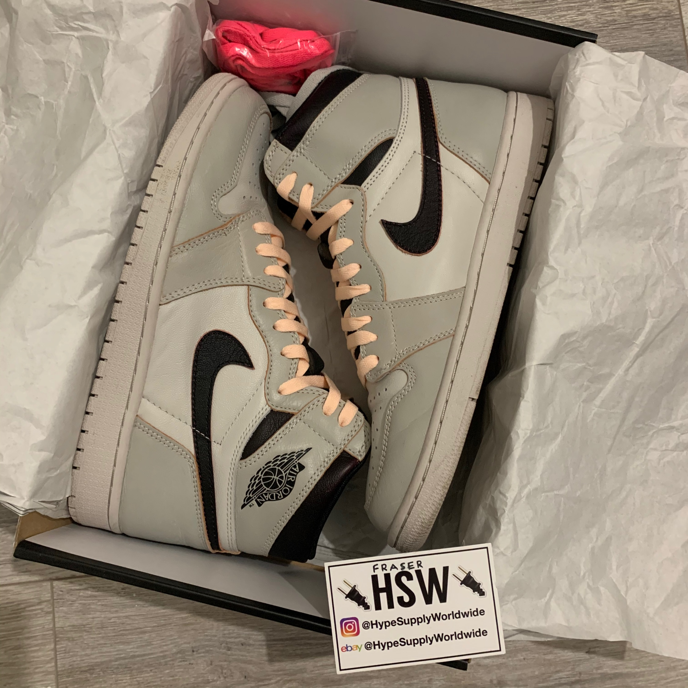 Nike Air Jordan 1 Sb Nyc To Paris Uk 9