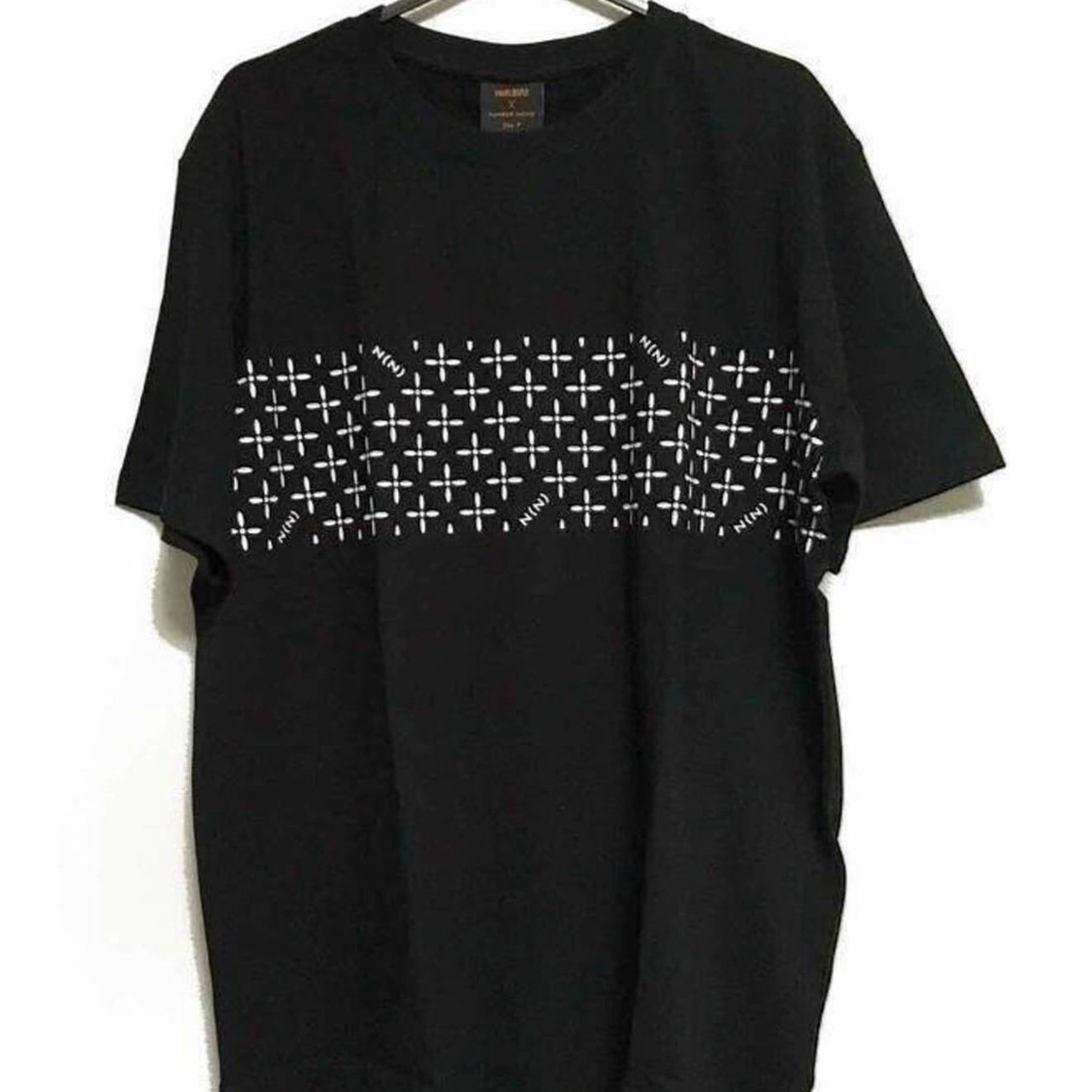 Number Nine Pyramids And Crosses Tee Black New