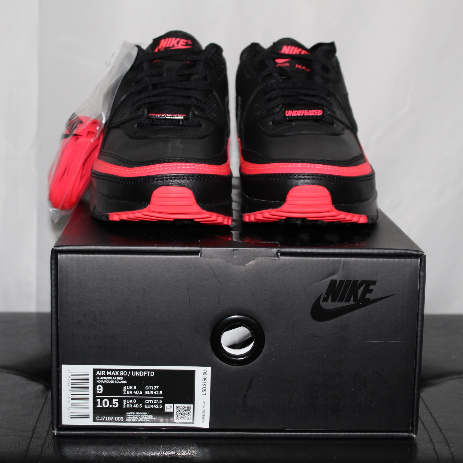 Air Max 90 Undefeated Black Solar Red