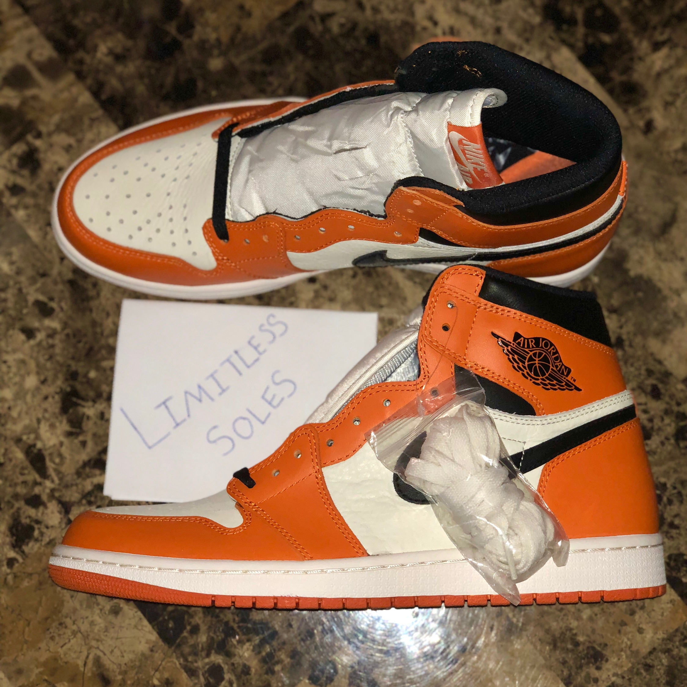 official photos 98fa3 cac0c Jordan 1 Reverse Shattered Backboard
