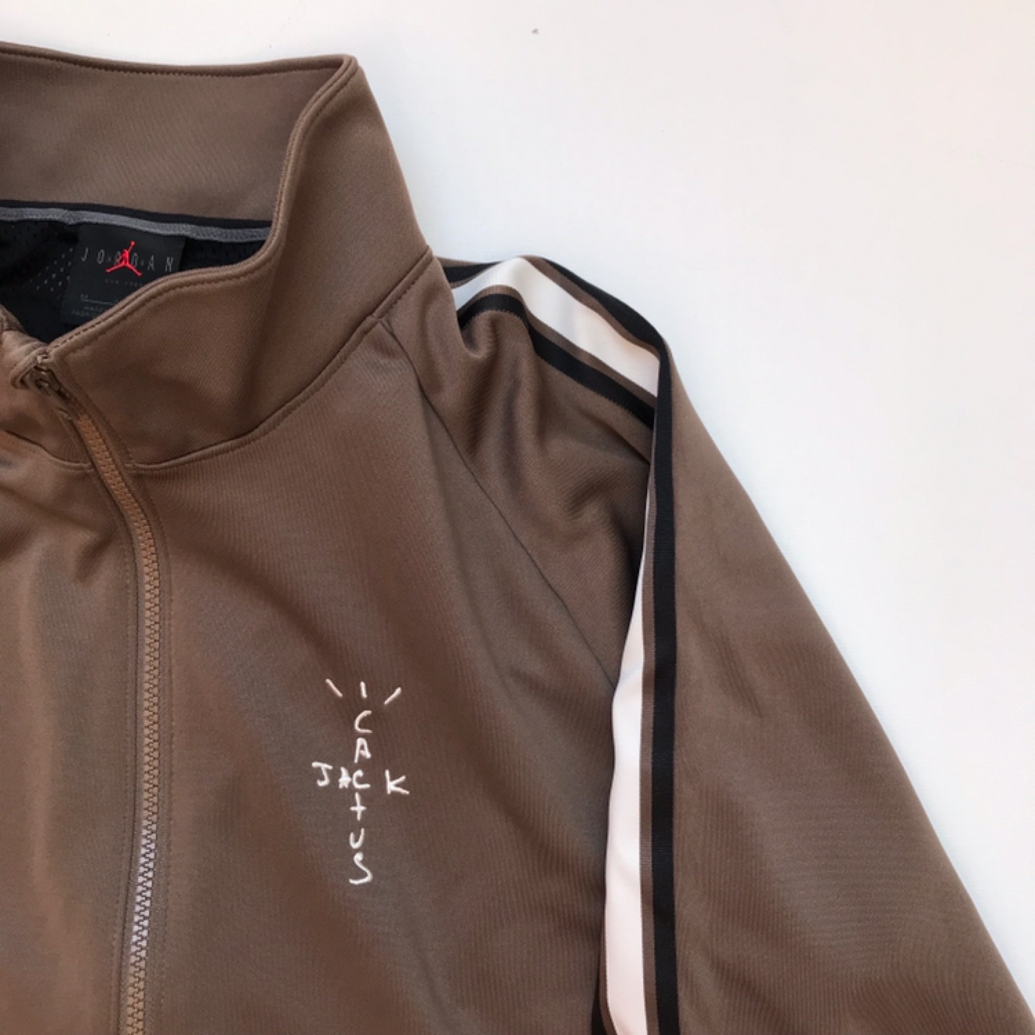 f9aa93f6c27 Travis Scott Mj Track Jacket Palomino