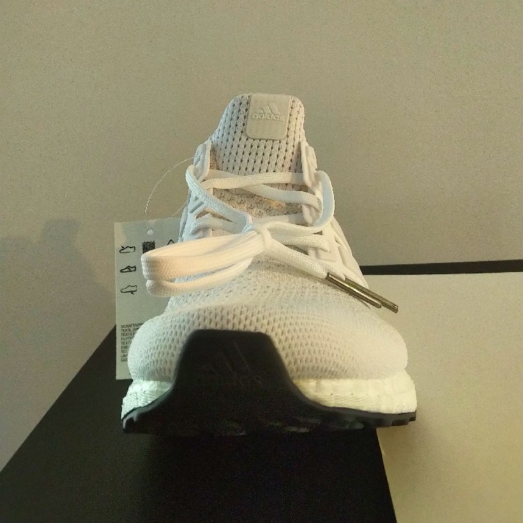 adidas ultra boost white size 9
