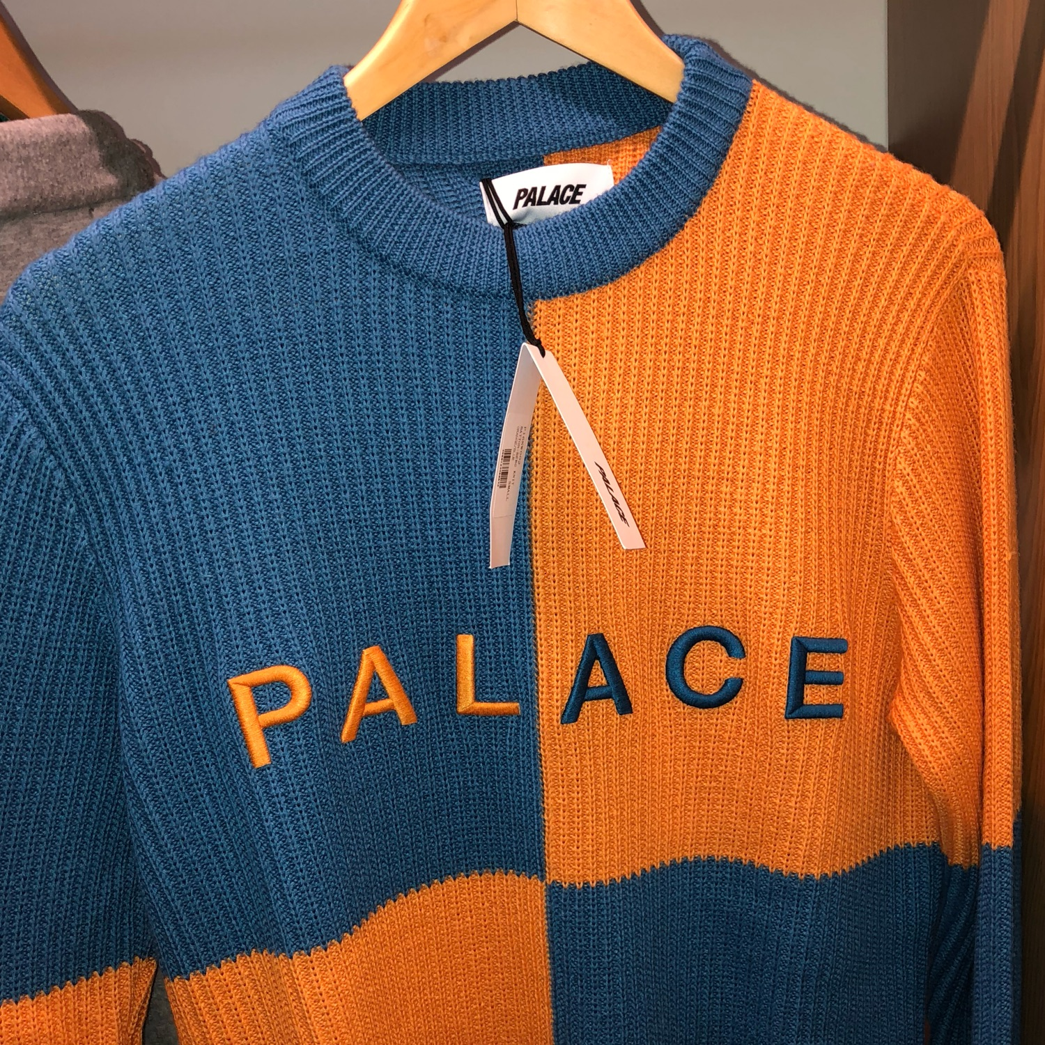 Palace Batton - Berg Knit Orange Blue Small