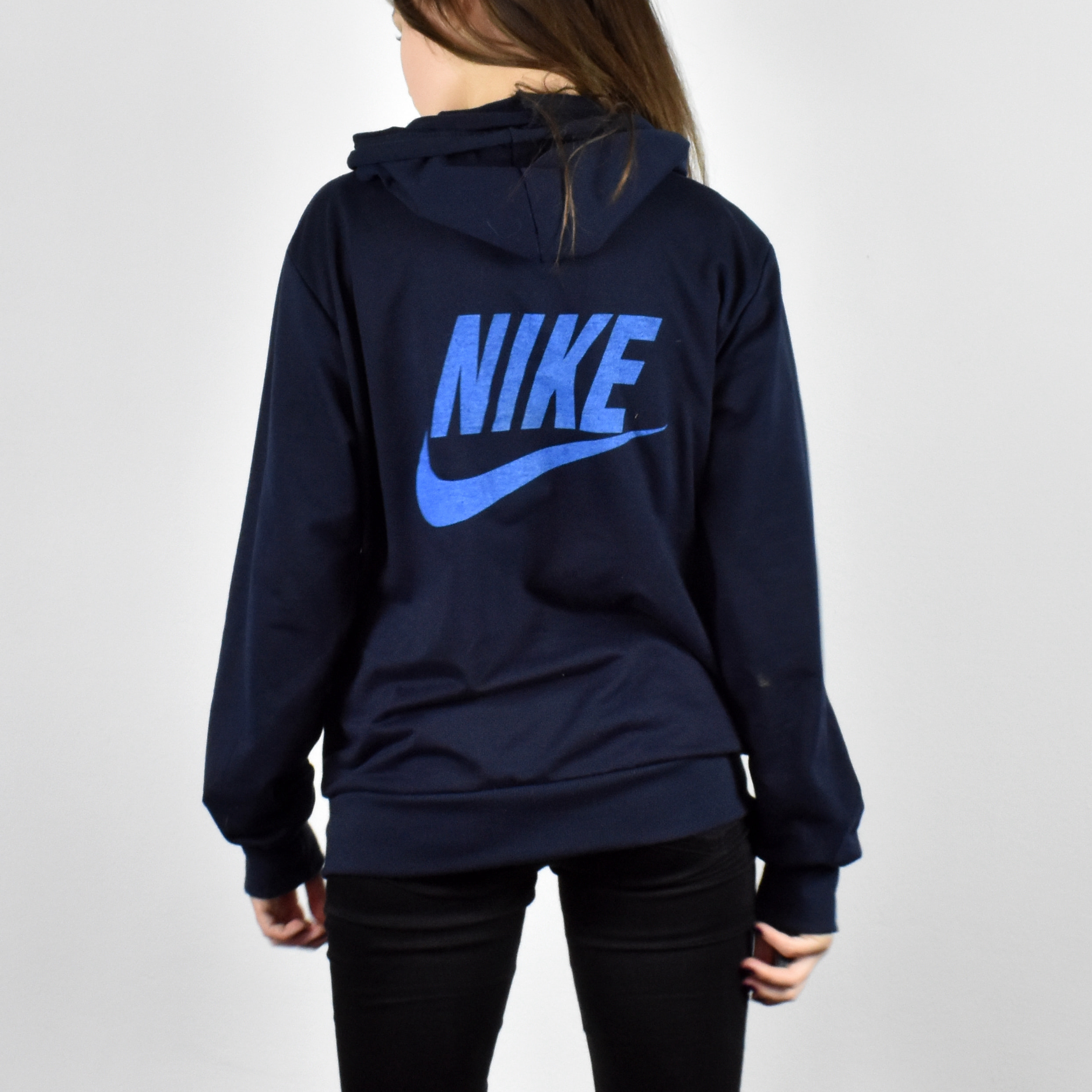 456305e355e6 Unisex Vintage Nike zip up hoodie in black has huge logo on the back size M