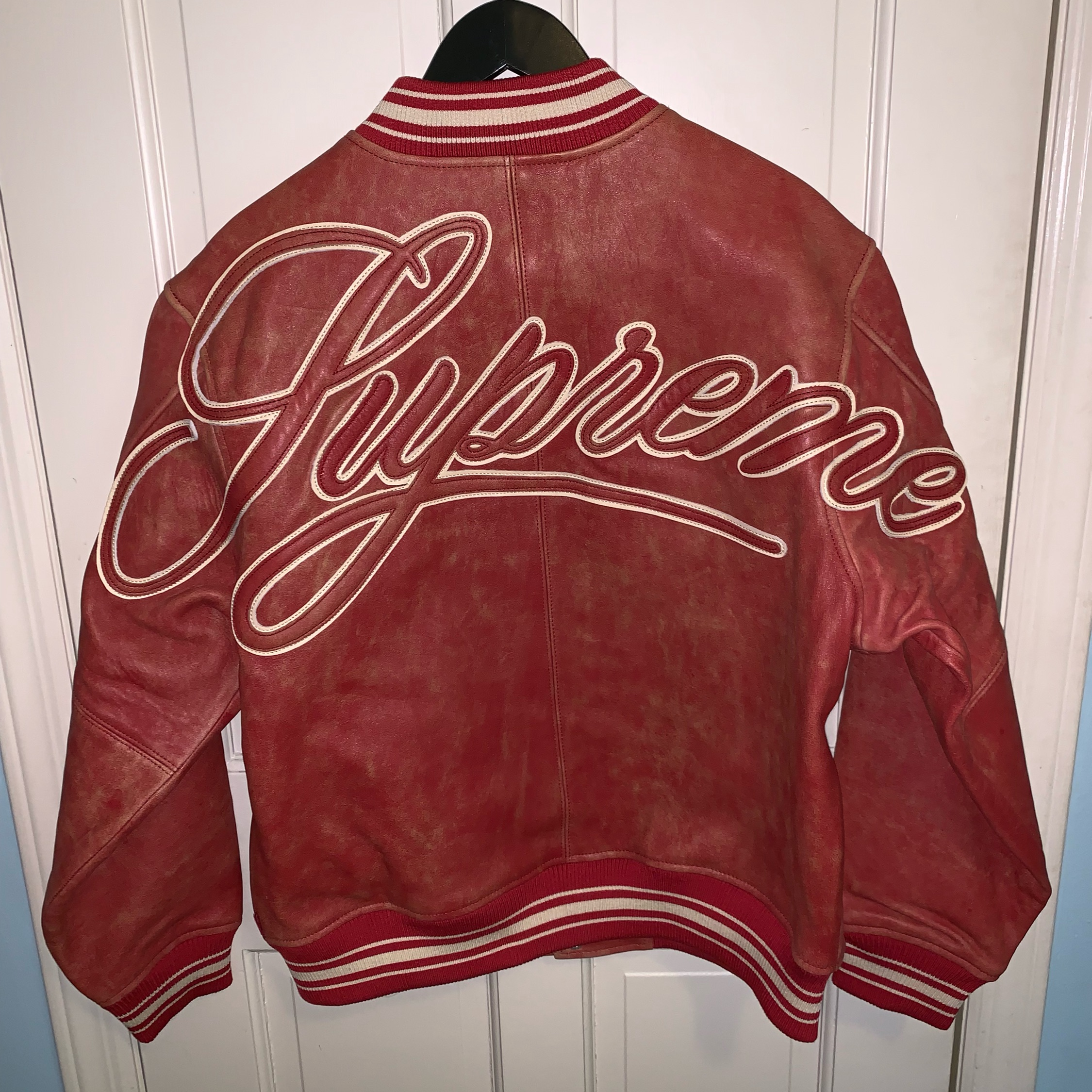 official high quality materials 50-70%off Supreme Painted Worn Leather Varsity Jacket Red