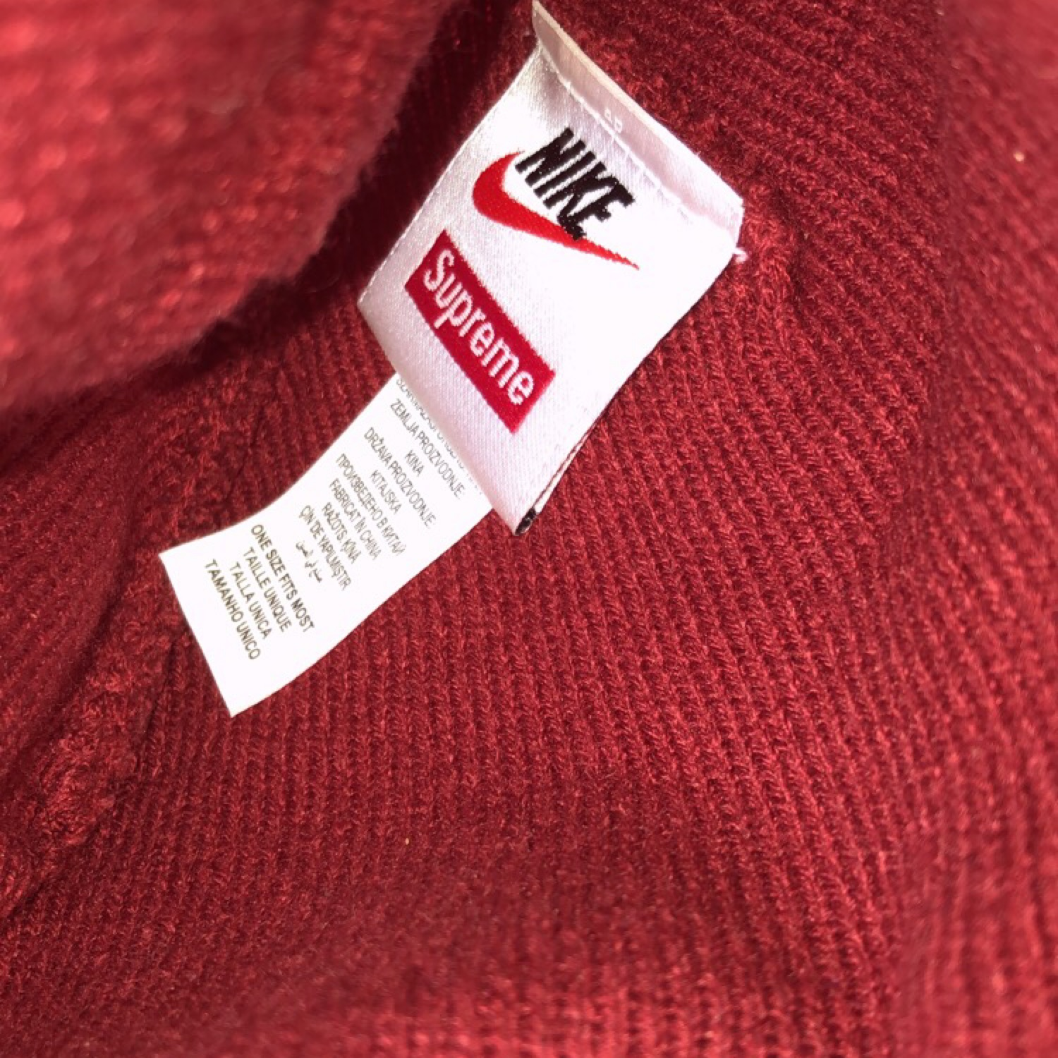 ad9db387 Supreme Nike Beanie Red