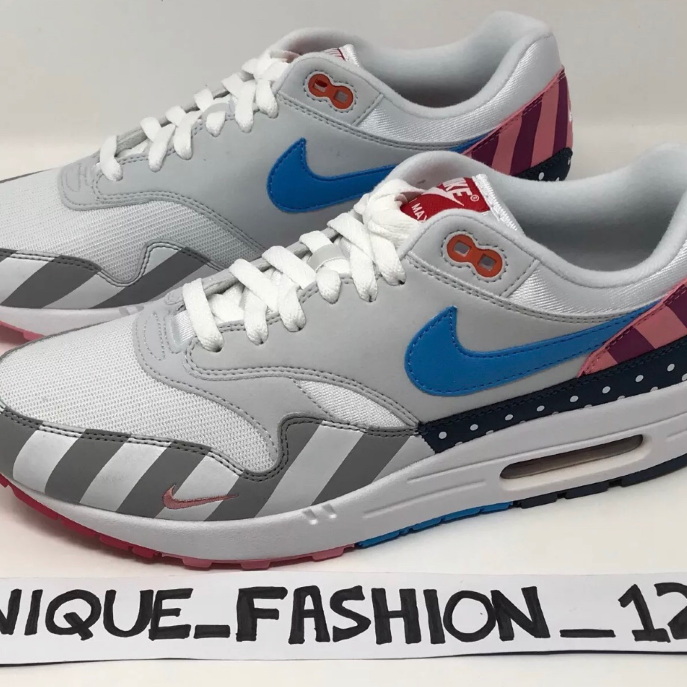 detailed look e322a aa373 Nike Air Max 1 X Parra