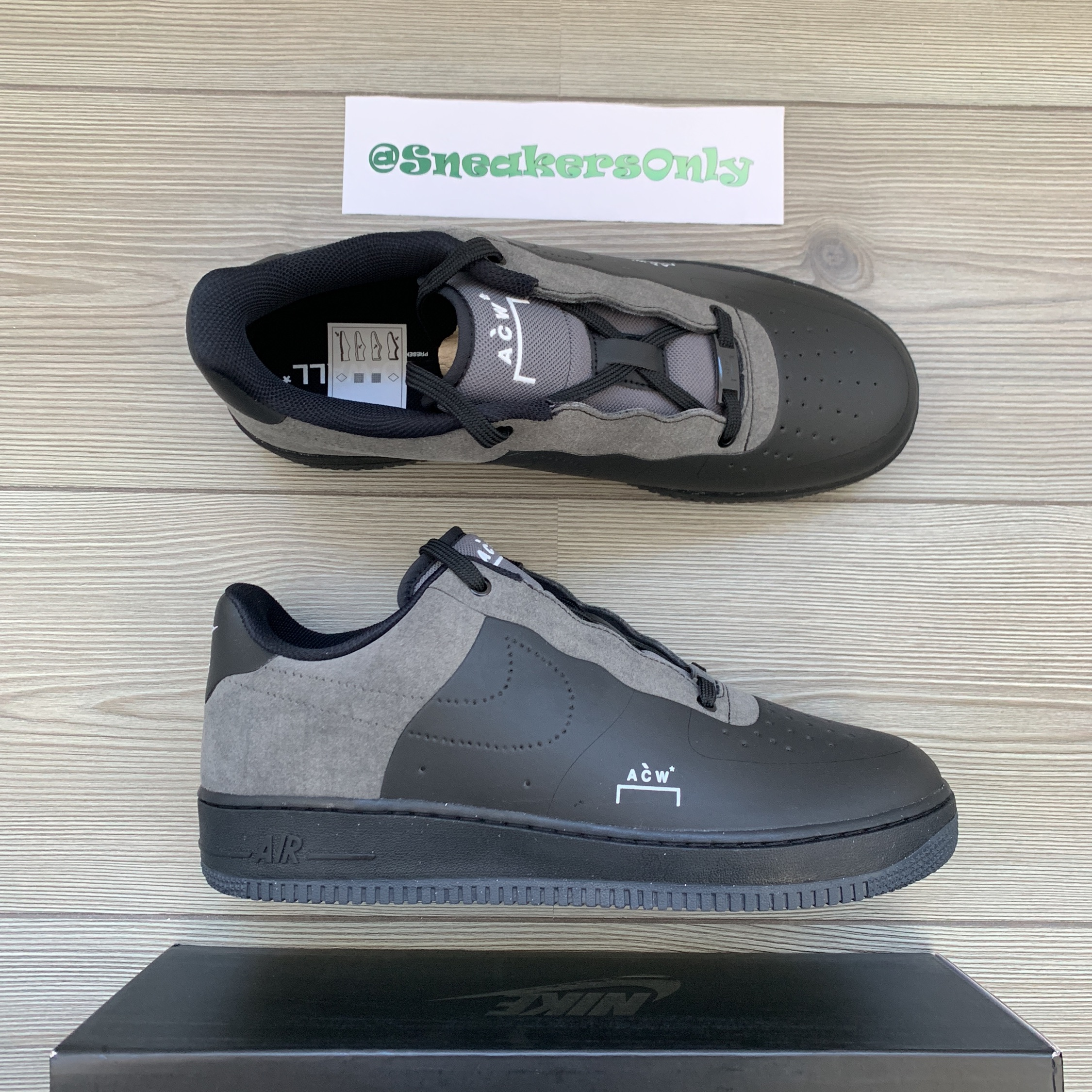 new style 245d4 37f6e 3bf89ddeb8c450ea9ff2babe0f40b51e listingImg2 dGl9BipY7Z.jpg. The Nike Air  Force 1  07 LV8 Utility Low in Olive and Black drops 1