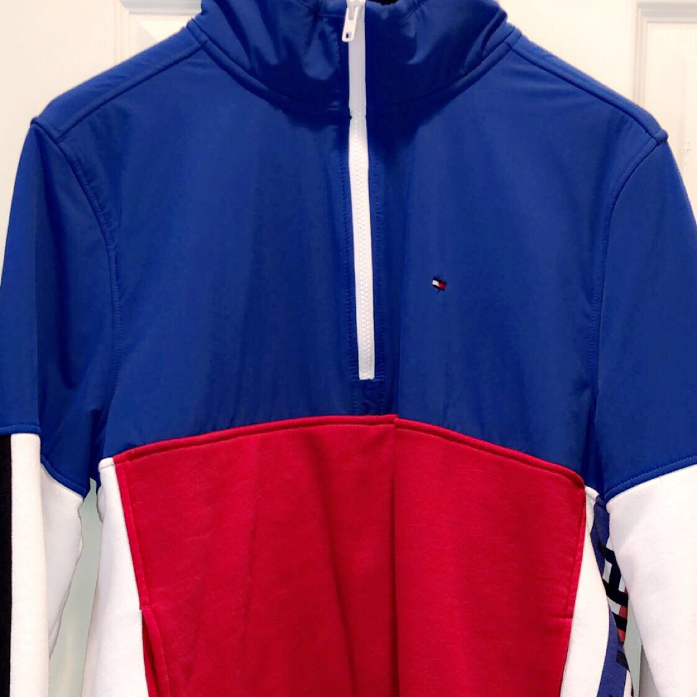 great deals on feet shots of cheap price Tommy Hilfiger Colorblock Jacket