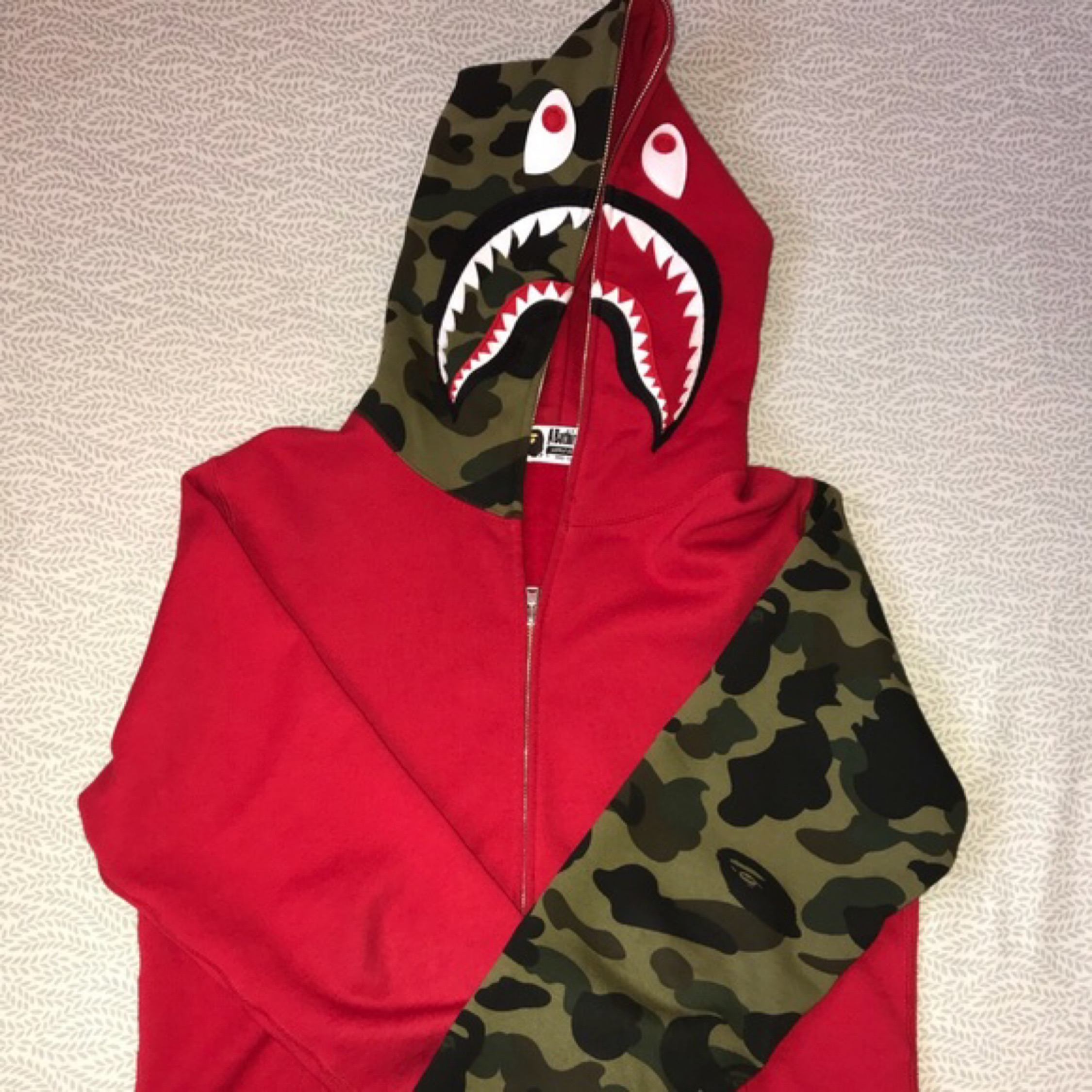 Bape Hoodie Og Very Limited (Trade Accepted)