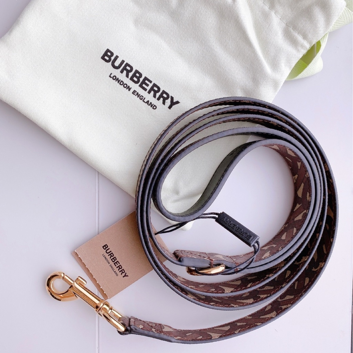 Authentic!! 2020 Burberry Brown Monogram Dag Pet Leash Uni Size String Brand New