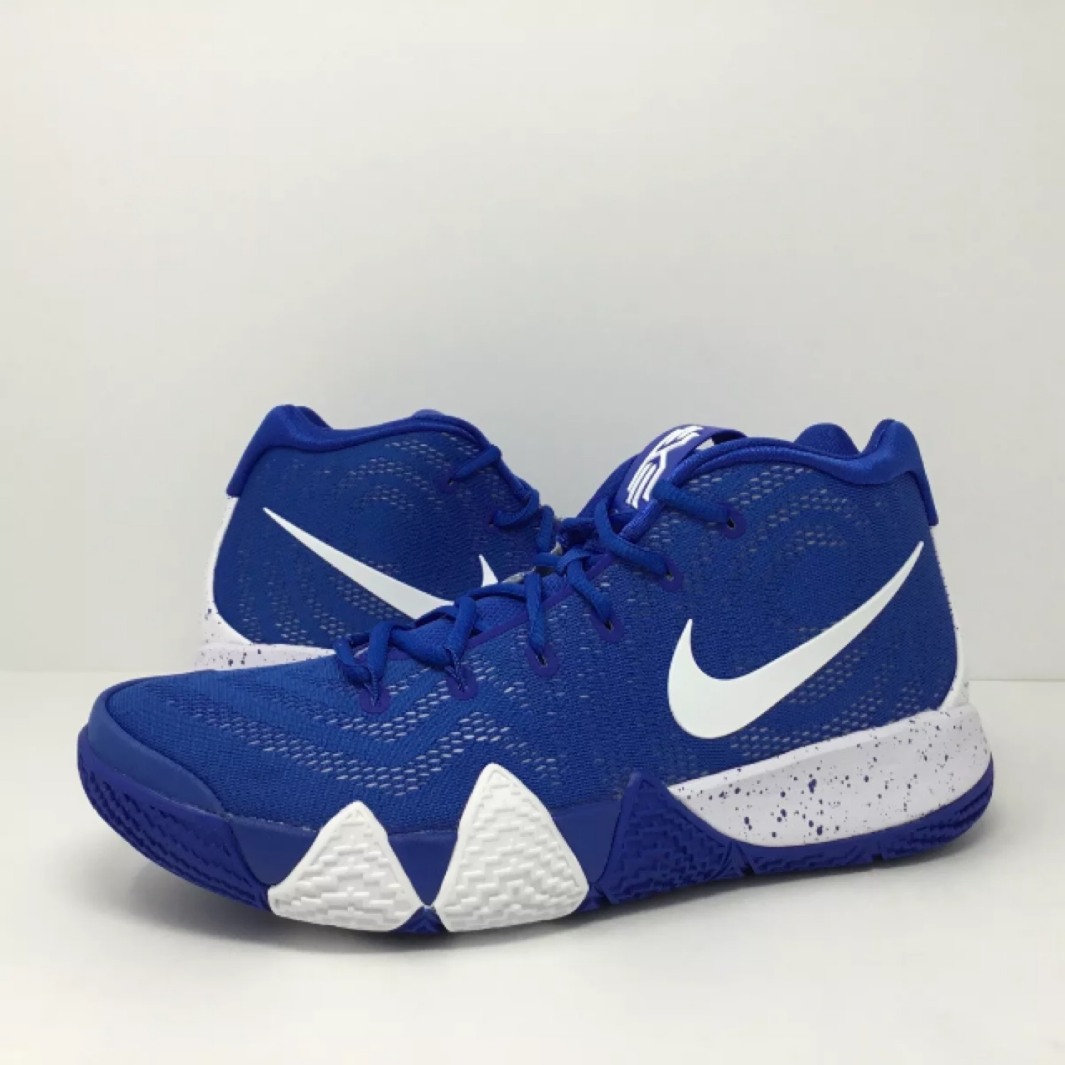 outlet store 4ab29 24435 Nike Kyrie 4 Team Game Royal Blue Size 11 Ds