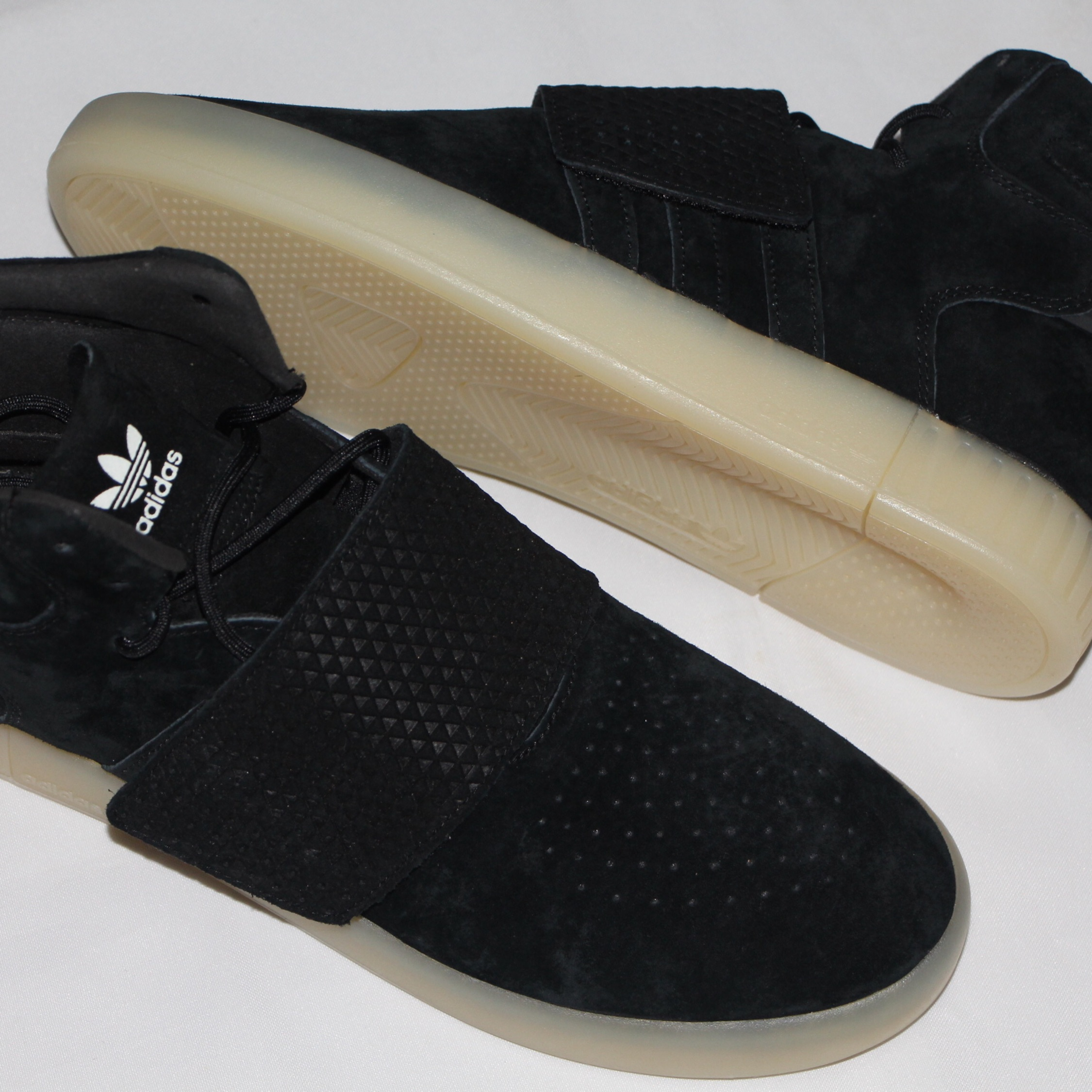 competitive price 48777 3a50a Adidas Tubular Invader Boots 750 Shoes