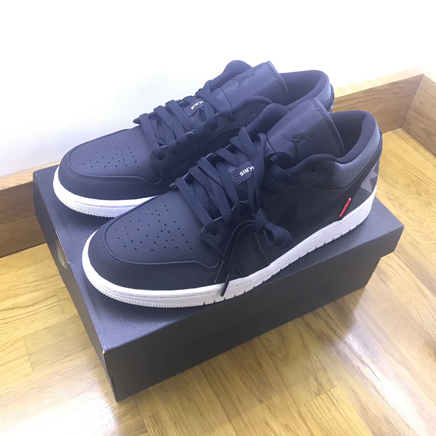 Jordan 1 Low Psg Paris Saint Germain