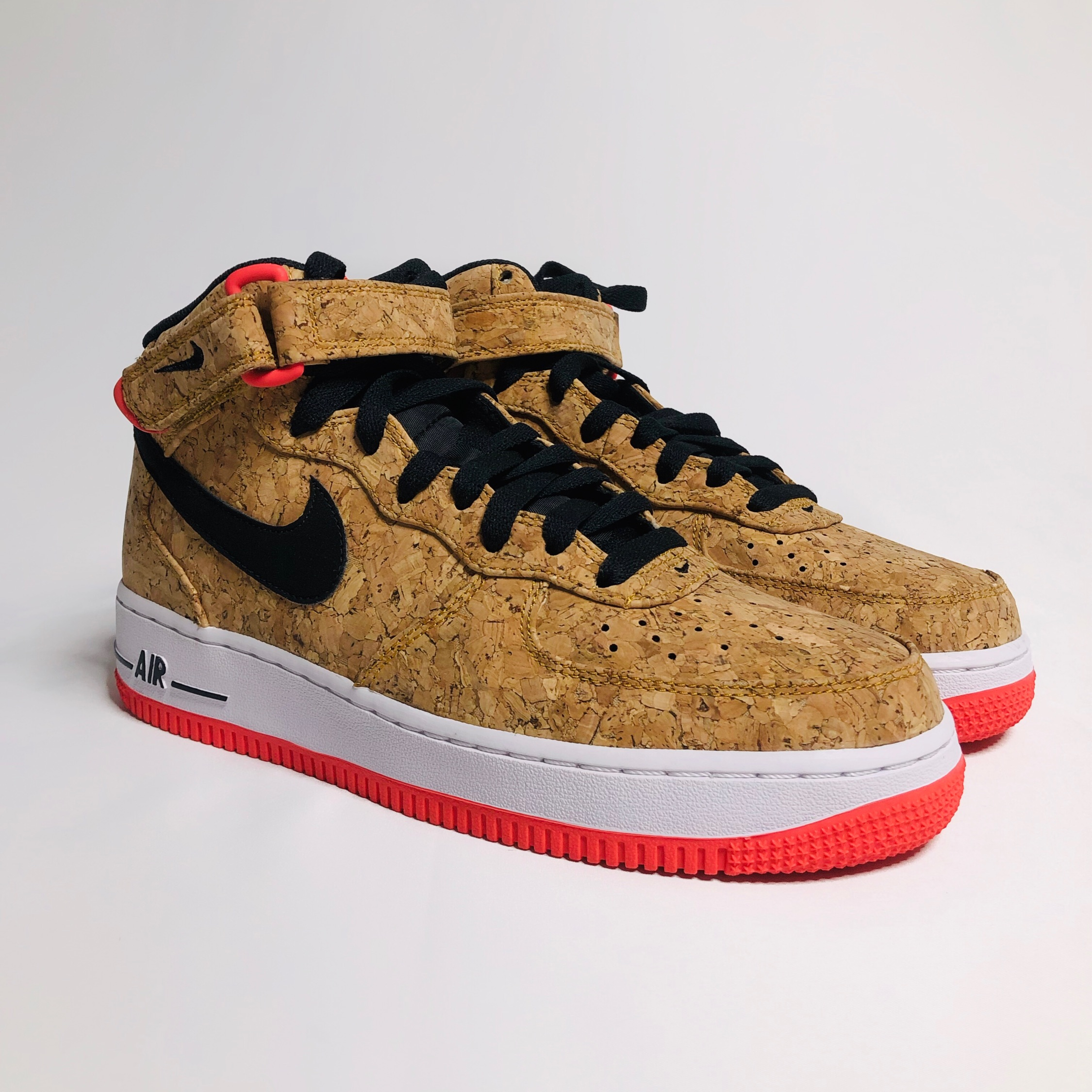 detailed look 4b2dc 2fcf7 Nike Air Force 1 Mid Cork