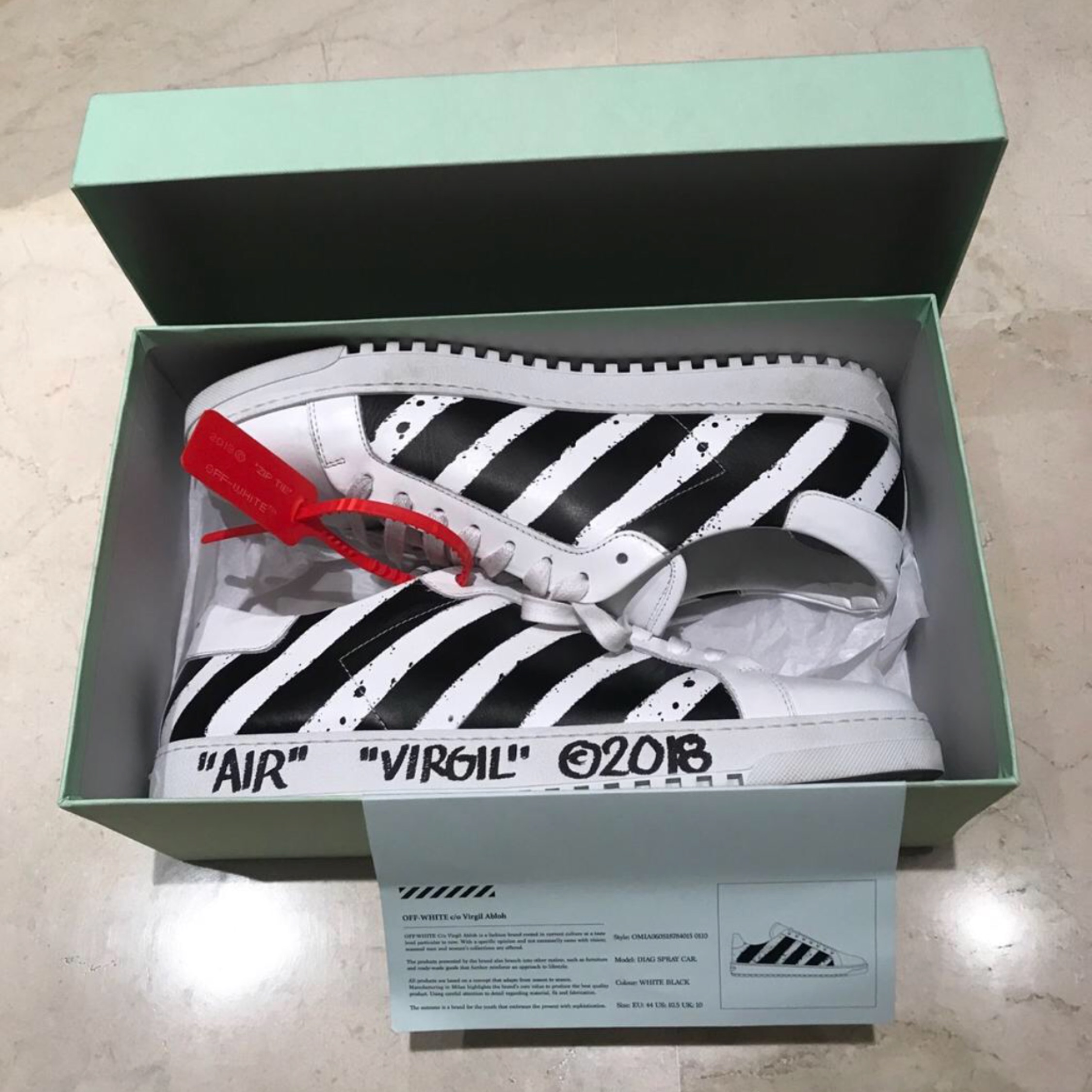 Off-White Shoes Signed By Virgil Abloh