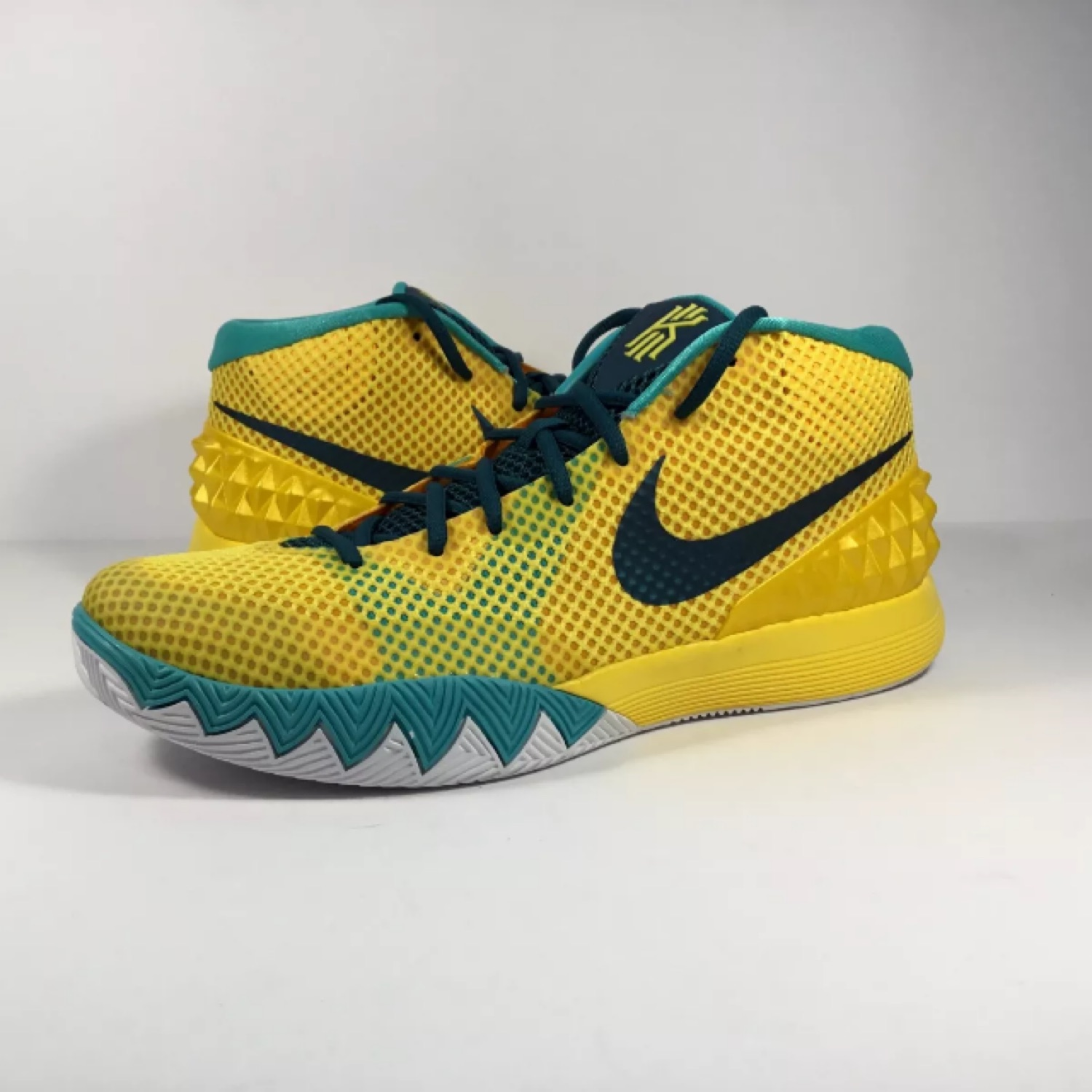 kyrie 1 yellow