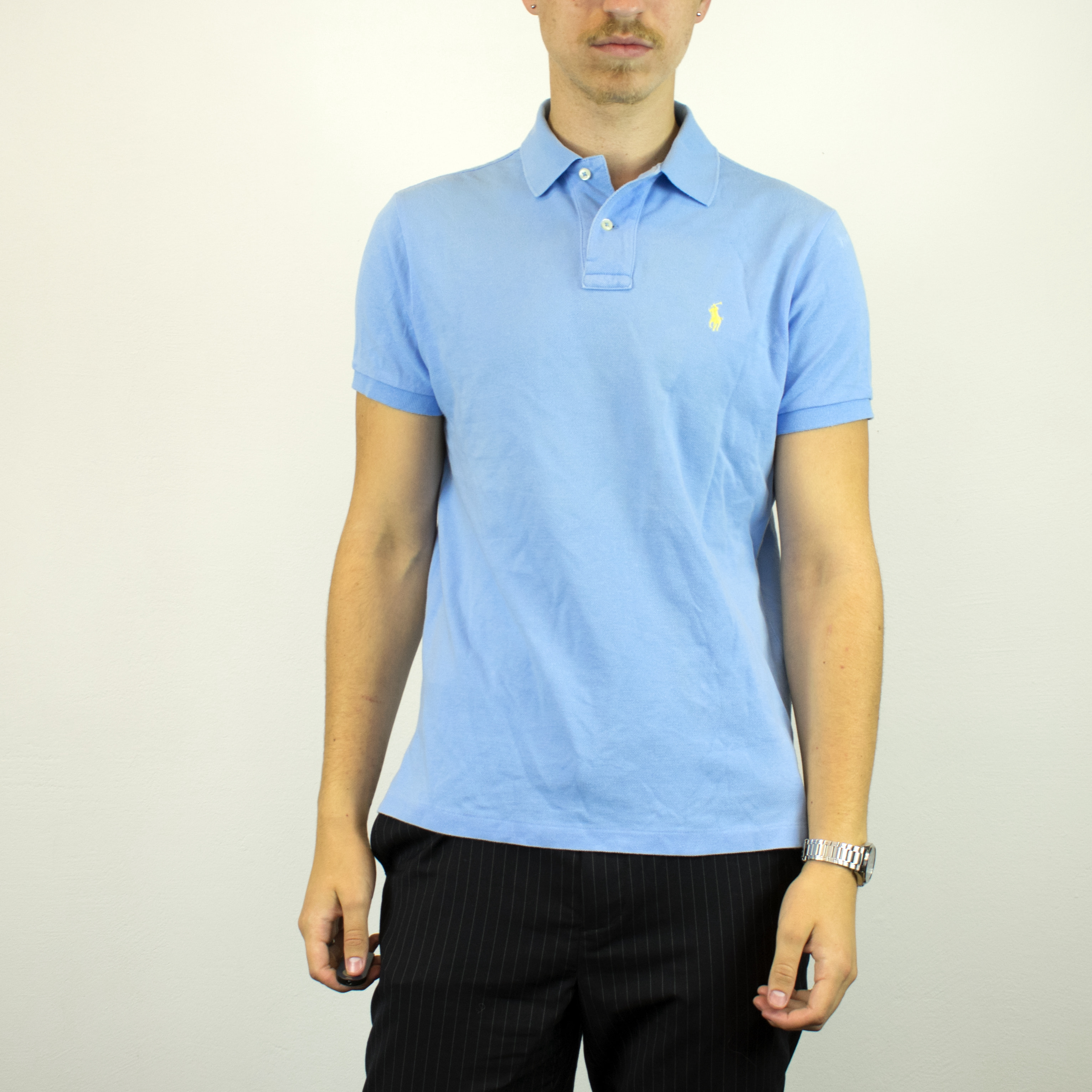 Unisex Vintage Ralph Lauren polo shirt in cyan has a small logo on the front size M