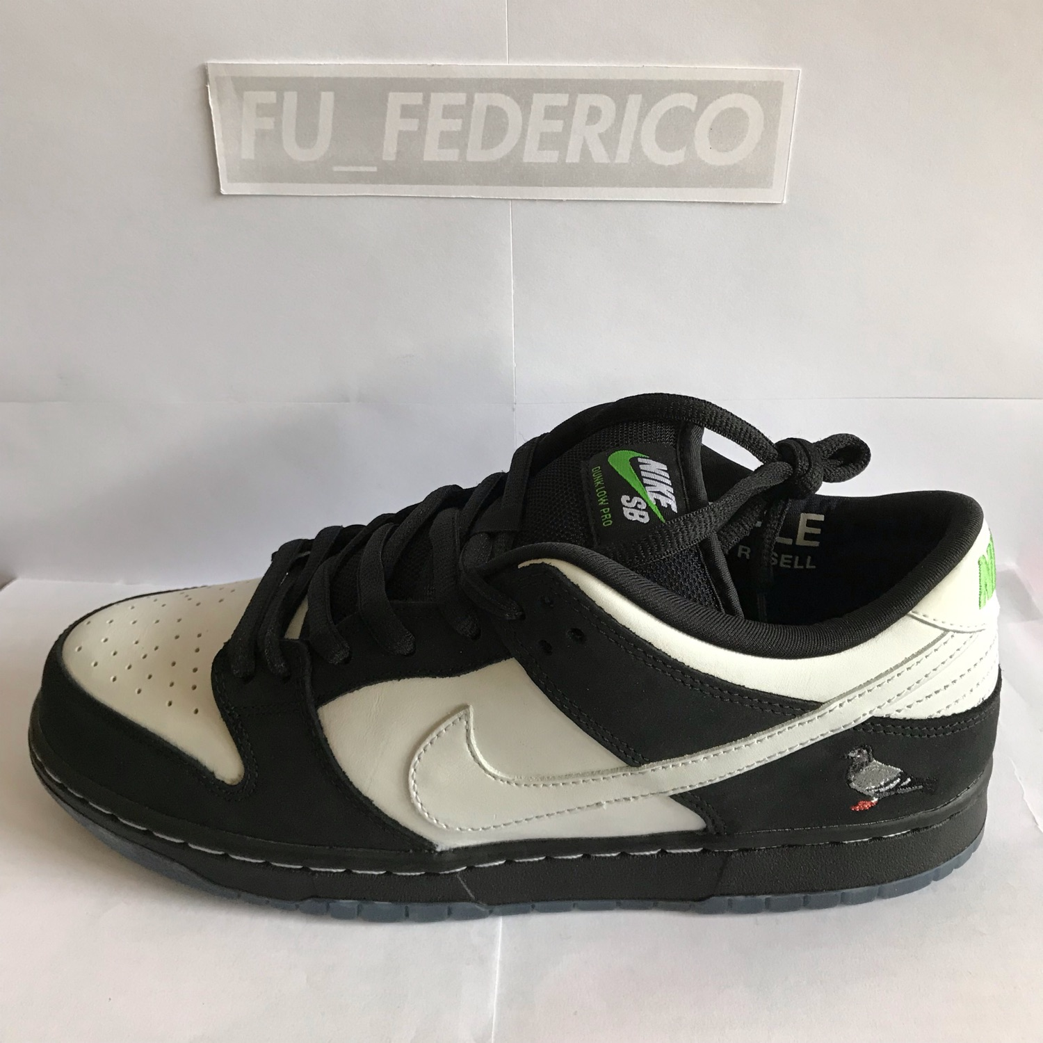 official photos 764b2 c93f8 Nike Sb Dunk Low X Staple Panda Pigeon
