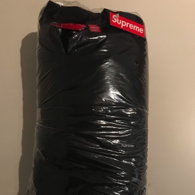 Fw19 Supreme Small Box Crewneck Size Xl