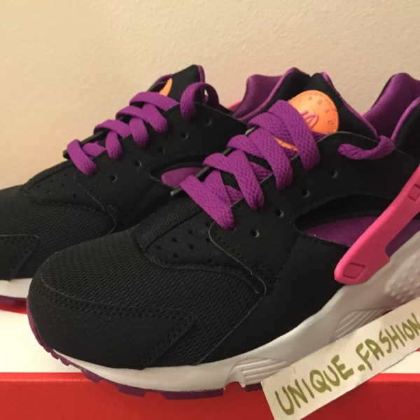 Nike Air Huarache Gs 3.5Y New Black Berry